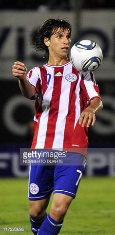 Paraguay's national football team player Pablo Zeballos before their friendly match against Chile in Asuncion on June 23 2011 AFP PHOTO Norberto...