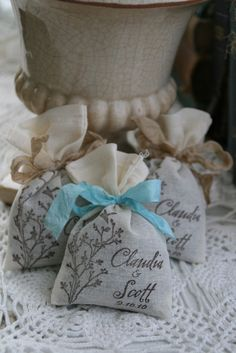 Lavender sachets party favors-Αρωματικά υφασμάτινα σακουλάκια.- Save-the-Date.Gr