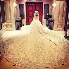 "229 Likes, 32 Comments - Lebanese Weddings (@lebaneseweddings) on Instagram: ""We are speechless.. Wedding dress : Rami kadi @ramikadi  #lebaneseweddings #royalwedding…"""