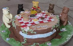 teddy bear at picnic table cake