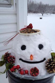 Snow Much Fun, Snow Art, Frosty The Snowmen, Build A Snowman, Garden Spaces, Winter Garden, Bird Houses, Bird Feeders, Garden Art