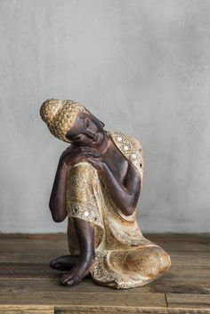 STATUE Buddha Kneeling 22.5x21.5x32cm