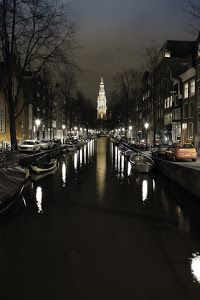 Amsterdam canal by Benoit Chancerel - Amsterdam canal Click on the image to enlarge.