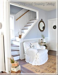 Feature Friday: Town and Country Living - Southern Hospitality - Home Decorations 2017 Town And Country, Country Living, Country Style, Cottage Stairs, Victorian Cottage, Attic Spaces, Small Spaces, Southern Hospitality, Stairways