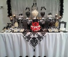 Black and white 40th birthday party #40th #party