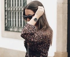 ONE CLASSIC MESH by JULIAN MATTHEWS | pic by joannasferreira | watch for her | gift idea | outfit | style | inspiration | fashion | details Fashion Details, Black Silver, Mesh, Style Inspiration, Fashion Outfits, Watch, Classic, Gift, Collection