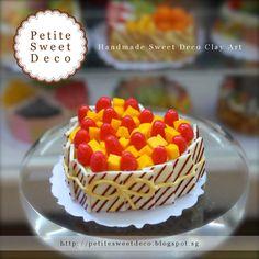 Miniatura Mango y torta de la fresa Imán - en forma de corazón - Faux Alimentos - Miniatura Dollhouse - Petite dulce de Deco