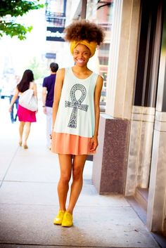 I love Bea, she has a great style and cool hair. Visit her blog by clicking on the pic!
