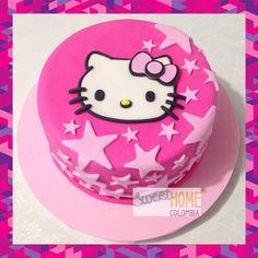 Torta de Hello Kitty! #hellokittycake