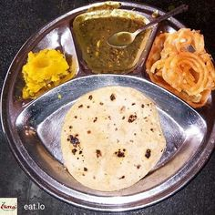 @Regrann  @eat.lo -  Wahe Guru. .  Golden Temple Langar.. :) .  Credits : Raman Deep Singh #IncredibleIndia #Eatlo #Foodiye #indianfoodiye - #regrann
