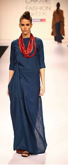 Drape dresses & kurtas are very much in fashion. Draped Fashion is different in terms of style & silhouette. Here are few style options to try this summer..