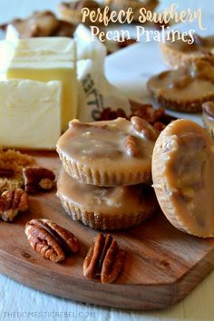 - Perfect Southern Pecan Pralines This recipe makes the most PERFECT Southern-style Pecan Pralines! Buttery, nutty and filled with brown sugar, toasted pecan and vanilla flavors, they practically melt-in-your-mouth with this foolproof recipe! Pecan Recipes, Candy Recipes, Holiday Recipes, Cookie Recipes, Milk Recipes, Köstliche Desserts, Delicious Desserts, Dessert Recipes, Sweet Desserts