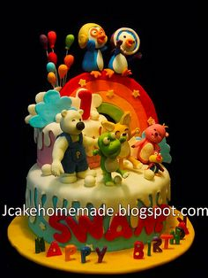 Pororo and friends birthday cake Friends Birthday Cake, Friends Cake, First Birthday Cakes, 2nd Birthday, Birthday Parties, Arctic Penguins, Clay Magnets, Cake Decorations, Candyland