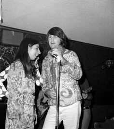 Rare pictures of Brian Wilson & Spring (Marilyn & Diane Rovell) sitting in with the Beach Boys at the Whiskey-A-Go-Go in 1970.