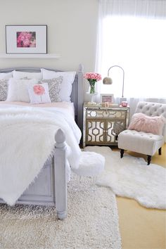 Some of us love changing our home decor around to make our homes seasonal and welcoming. I have been wanting to make changes in my bedroom for a while. I would love to buy new furniture for the bedroom but my budget won't allow it. I'll be sharing with you some of my quick and easy changes I