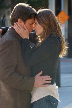 Castle ''Crossfire'' - Rick Castle and Kate Beckett Tv Castle, Rick Castle, Watch Castle, Castle Tv Shows, Richard Castle, Kate Beckett, Stana Katic, Castle Series Finale, Crossfire