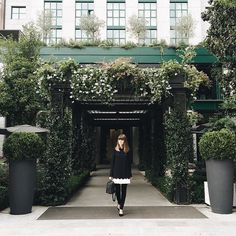Surrounded by beauty @Memilanhotel// Margo & Me