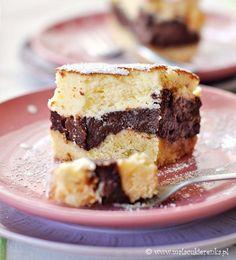 chocolate pudding cheesecake by Mala_Cukierenka Chocolate Cheesecake, Chocolate Pudding, Pumpkin Cheesecake, Cheesecake Recipes, Dessert Recipes, Polish Desserts, Just Desserts, Delicious Desserts, Yummy Food