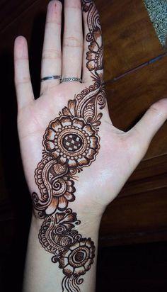 Best Hand Mehndi Designs