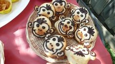 Monkey faced muffins