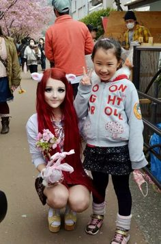 Anastasiya Shpagina with a little girl! :D