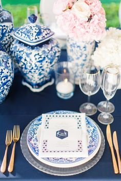Chic Interiors-inspired Wedding at Grand Dedale by Wedding Concepts and Tyme Photography wedding concept – Wedding ideas Wedding Cape, Diy Wedding, Wedding Ideas, Dream Wedding, Dark Blue Bridesmaid Dresses, Creative Wedding Inspiration, South African Weddings, Reception Table, Place Settings