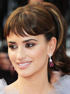 Penelope Cruz smoky and sultry eyes! #PFBeautyBuzz