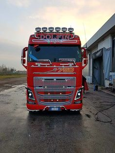 Volvo Truck 750