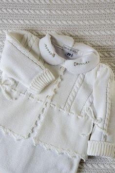 Linha Saída de Maternidade Branca, para meninas, com body gola com delicados bordados.   Flickr - Photo Sharing!