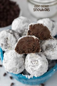 This Double Chocolate Snowball Cookies Recipe is so easy to make! The best holid… This Double Chocolate Snowball Cookies Recipe is so easy to make! The best holiday cookie, filled with rich chocolate, perfect for all year! Mini Desserts, Cookie Desserts, Christmas Desserts, Just Desserts, Delicious Desserts, Yummy Treats, Sweet Treats, Dessert Recipes, Christmas Cookie Recipes