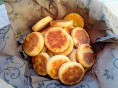 Cake Recipes, Snack Recipes, Snacks, Pretzel Bites, Nom Nom, Chips, Peach, Bread, Fruit