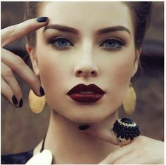 """Makeup Your Mind: Vampy Lips - MAC """"Sin"""" Lipstick and some other options"""
