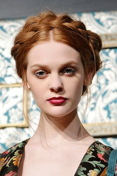 15 Coolest Updos to