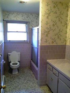 Retro Harvest Gold Bathroom New Lavender Bathroom Remodel Suggestions Lavender Bathroom, Purple Bathrooms, Vintage Bathrooms, Chic Bathrooms, Amazing Bathrooms, Bathroom Wall Decor, Bathroom Styling, Bathroom Ideas, Gold Bathroom