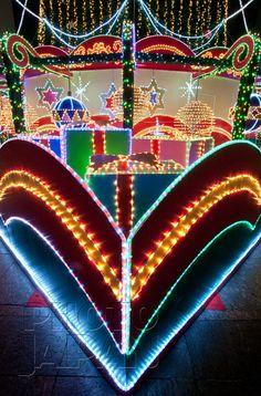 Japan - Holiday decorations at the German Christmas Market in Osaka - Photo by Photo Japan