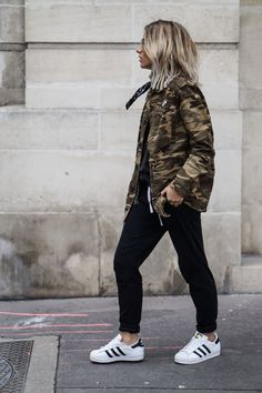 This whole outfit please 😩 Camo Fashion, Fashion Mode, Military Fashion, Love Fashion, Winter Fashion, Fashion Looks, Fashion Outfits, Militar Jacket, Outfits Mujer