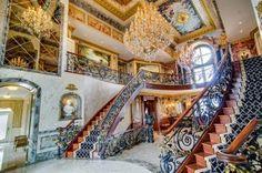 Canada: in vendita una villa in stile Versailles
