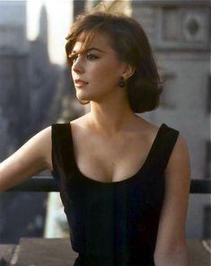 Barbouristan — the-original-it-girl:   Natalie Wood in New York,...