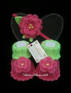 Hey, I found this really awesome Etsy listing at https://www.etsy.com/ru/listing/178902152/baby-girl-green-headband-and-booties