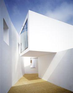 House in Alenquar | by Manuel Aires Mateus