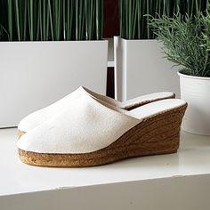 New in! Ivory espadrille clog. Nice & Simple ☘ #mumishoes #alpargatas #espadrilles #espadrillas #esparteñas #espardeñas #madeinspain #traditional #veganshoes #vegan #natural #etsy #shopaholic #shopping #espadrilleclog #clog #niceandsimple