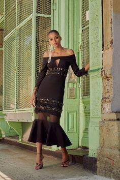 Chic Fall Fashion, Spring Summer Fashion, Fashion Show, Fashion Design, Fashion Wear, Fashion Beauty, Fashion Looks, Luxury Fashion, Prabal Gurung