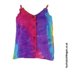 This rainbow tie dye rayon hippy crop top is just wonderful in the summer. Clothing Company, Clothing Items, Festival Outfits, Festival Clothing, Festival Crop Tops, Tie Dye Crop Top, Hippie Tops, Tie Dye Designs, Hippie Outfits