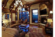 5 O'clock Lodge - 7BR + Loft Home + Hot Tub, Breckenridge, Colorado