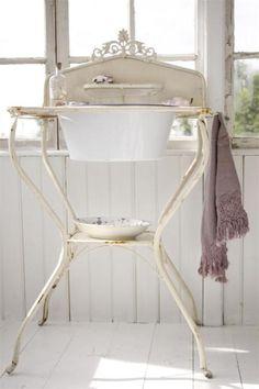 vintage wash stand.