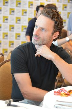 Andrew Lincoln at event of The Walking Dead