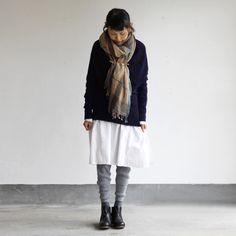 display Matilde Casual Outfits, Casual Clothes, Clothes For Women, Winter Wear, My Wardrobe, Fashion Boots, Lace Skirt, What To Wear, Dressing