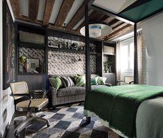 Mult verde și o amenajare îndrăzneață într-o garsonieră din Paris