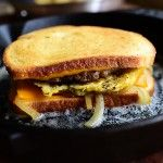 Breakfast Patty Melt - The Pioneer Woman - Ree Drummond Brunch Recipes, Breakfast Recipes, Breakfast Cooking, Breakfast Sandwiches, Breakfast Time, Breakfast Specials, Brunch Dishes, Savory Breakfast, Breakfast Dishes