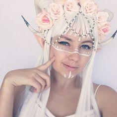 Fantasy elf cosplay
